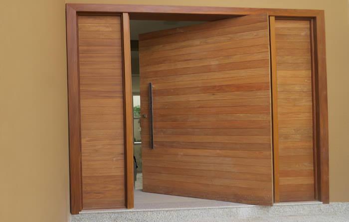 Brazilian wooden doors
